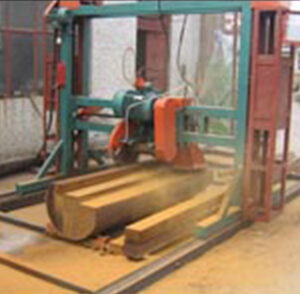 Circular wood cutting machine